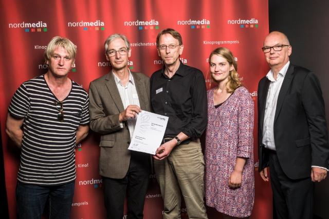 nordmedia Kinoprogrammpreis 2016 im Cinema-Arthouse Osnabrück: Kommunales Kino Bremerhaven: Detlev Buck, Stefan Foerster, Bernd Glawatty, Bernadette Knoller, Thomas Schäffer (Nordmedia) Foto: Fa. atelier16 - PROFIFOTOGRAFIE